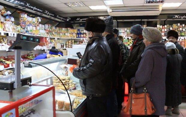 Голодные украинцы начали пускать кровь ради хлеба