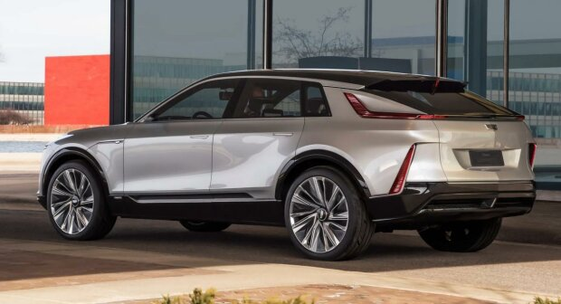 Cadillac Lyriq, carscoops