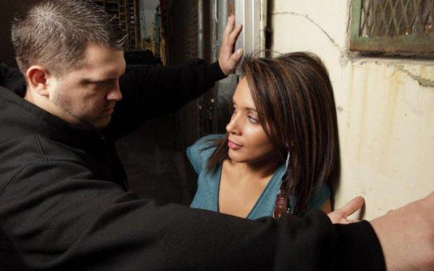 Ученные наконец-то взялись за насильников и перестали давать советы жертвам