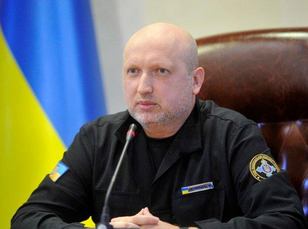"""Зеленський рішуче взявся за Турчинова: """"пастору"""" підготували незавидну роль"""