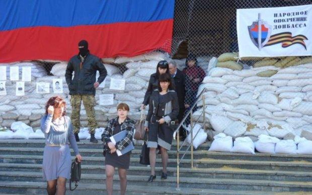 """Организатор """"референдума"""" на Донбассе учит украинских детей"""