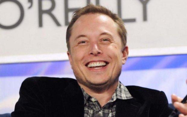 Tesla выпустила новий девайс для вашого смартфона