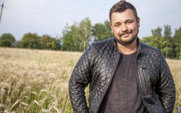 Легенда 90-х відмовився їхати до анексованого Криму, але українці тут ні до чого
