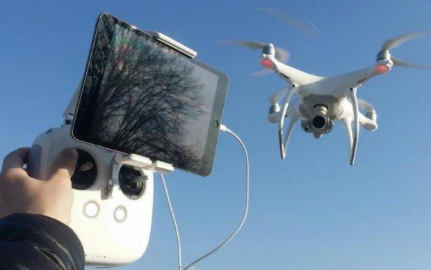Военные в Житомирской области задержали журналистов с дроном