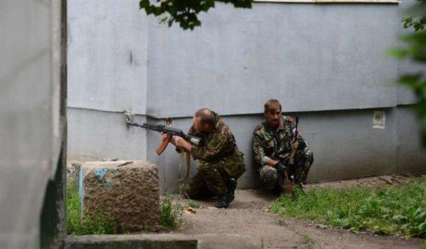 На Донбассе террористы заставили мужчину взорвать хлебозавод