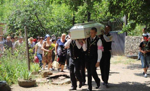 """Отец погибшей Даши Лукьяненко ошарашил правдой о семье душегуба: """"Смывали кровь с.."""""""
