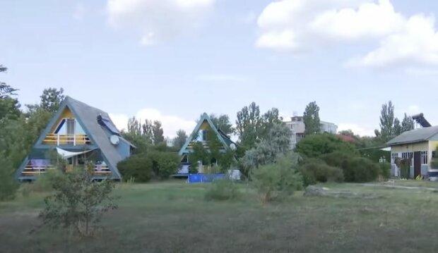 Детский лагерь, скриншот: YouTube