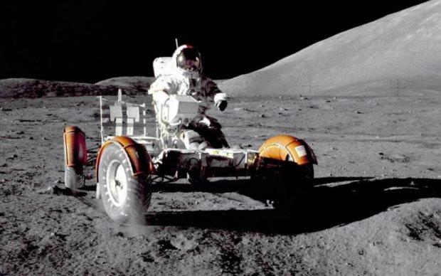 "Члены миссии ""Аполлон-17"" умолчали о гуманоидах на Луне"