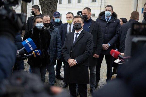 Зеленський перед журналістами, фото: Instagram