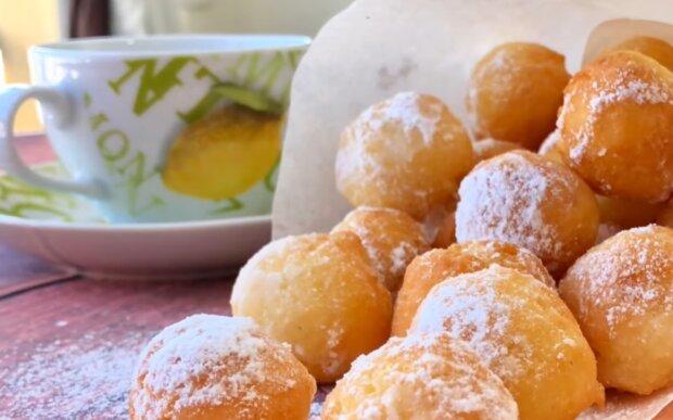 Сирні пончики, фото: кадр з відео