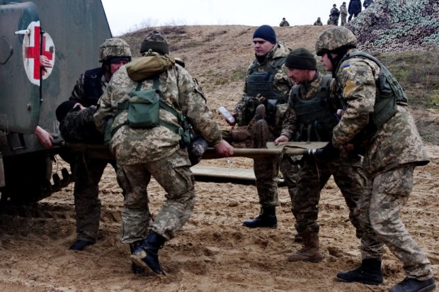 Здичавілі бойовики на Донбасі підривають будинки українців під шалений регіт: цинічне відео просочилося у мережу