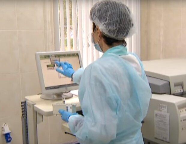 Коронавірус в Києві подолав позначку в 23 тисячі – сотні хворих і десятки жертв