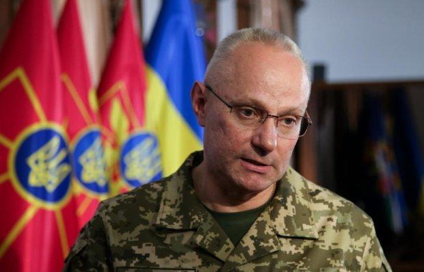 Не отдал честь Зеленскому: глава Генштаба объяснил странный поступок генерала