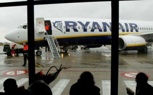 Європа завмерла в жаху, літаки перестали літати: що відбувається