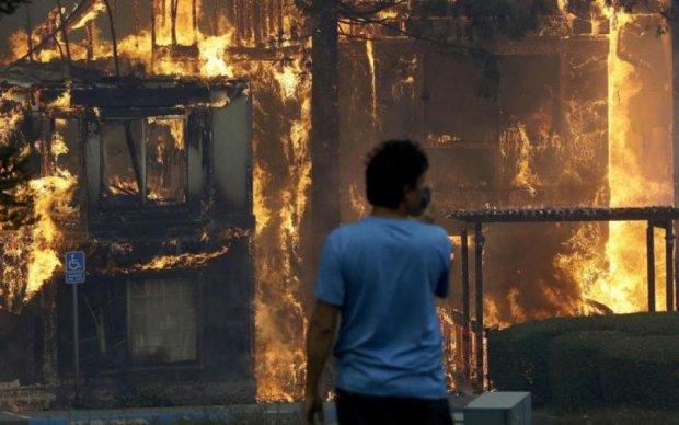 Адский огонь поглотил фабрику: много жертв