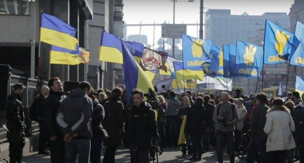 Сотни тысяч на зарплаты: блоггер раскрыл, сколько обходятся украинцам судьи
