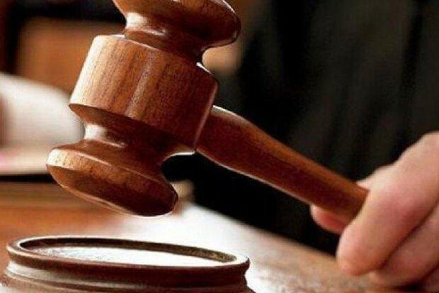 Обесчестил Фемиду: в Виннице судят нечистого на руку адвоката