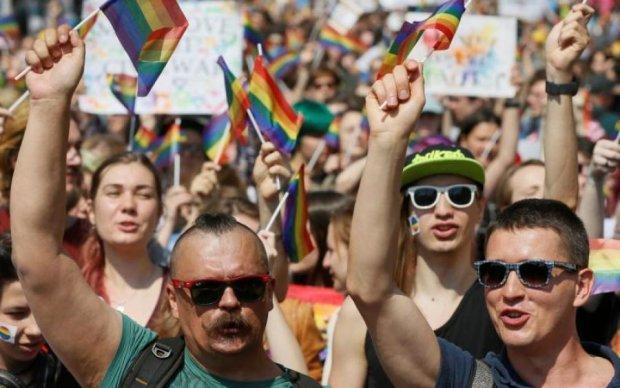 Геї - не патріоти: скандальний мер спробував пояснити власну маячню