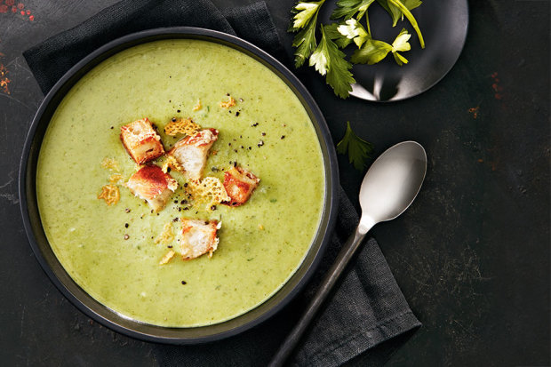 Такий рецепт супу з брокколі сподобається навіть тим, хто не любить овочі