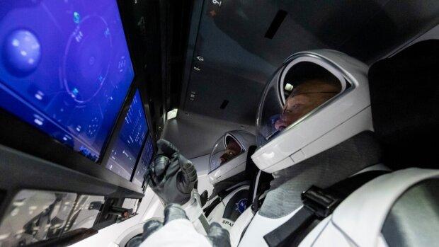 Астронавти NASA Даглас Херлі і Роберт Бенкен, фото NASA
