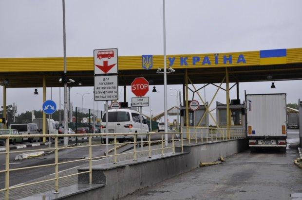 Під Харковом прикордонники засікли кавказця: благав пустити до Путіна