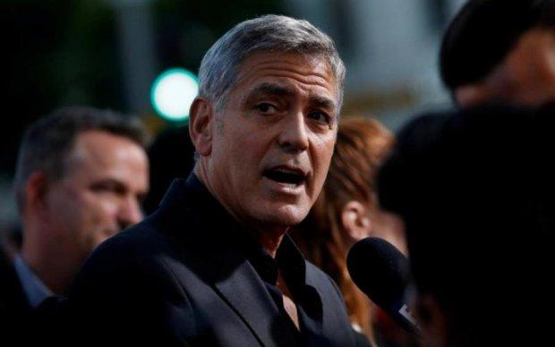 Жуткое ДТП с Джорджем Клуни попало на видео