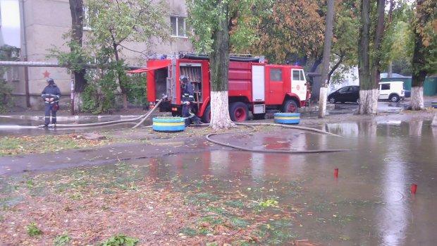 Одессой пронеслась убийственная стихия: город стынет от ужаса, кадры тотального Апокалипсиса
