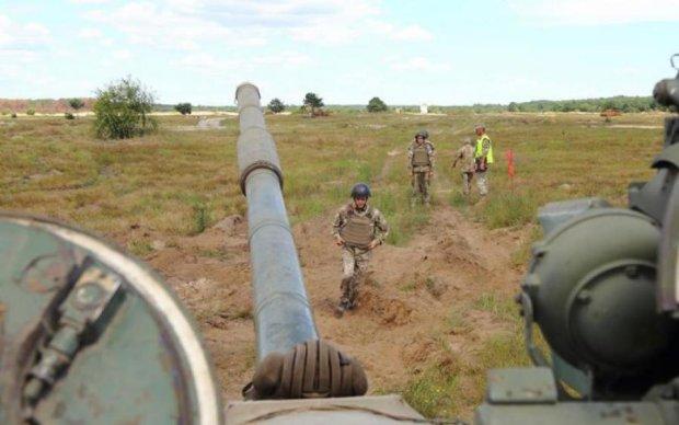 Сутки на Донбассе: армия Путина выпустила по ВСУ тяжелейшее оружие