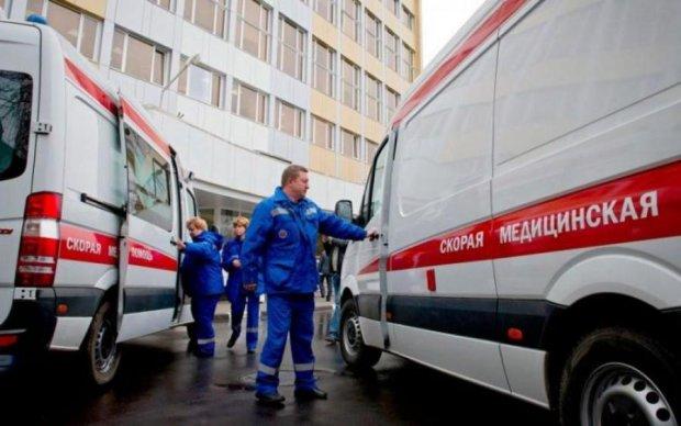 Недитячі ігри: російські школярки забили однолітку до півсмерті в прямому ефірі