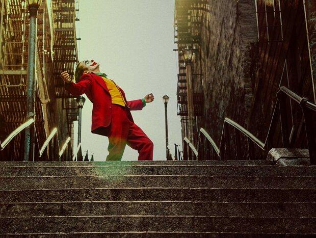 """Туристы со всего мира слетаются на """"лестницу Джокера"""": жители Бронкса с ужасом ждут Хэллоуин"""