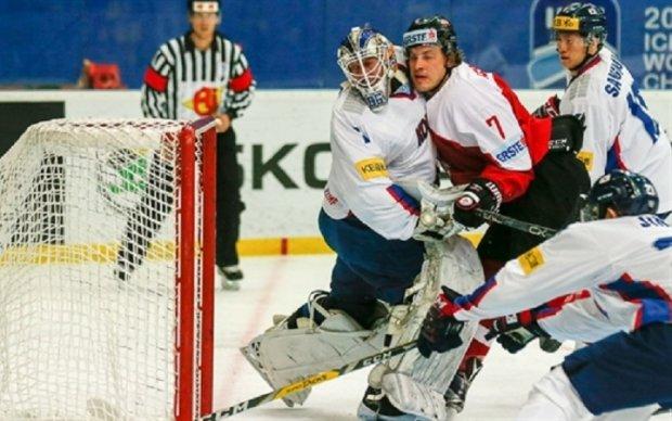 Чемпионат мира по хоккею: Австрия забросила пять шайб Южной Корее, Польша победила Венгрию