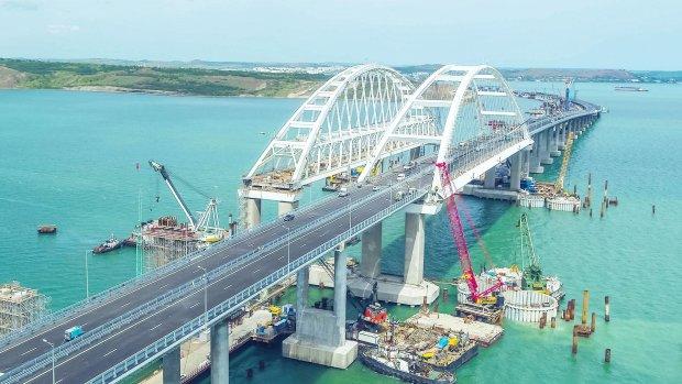 """Кримський міст може наробити лиха, вчені б'ють тривогу: """"Розбирати до чортової матері"""""""