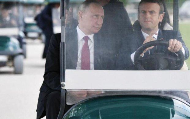 Песков сказал, о чем Путин врал Макрону