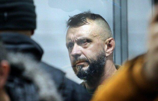 Фігурант справи Шеремета Антоненко вимагає у слідчих виміряти його зріст, інакше буде мовчати