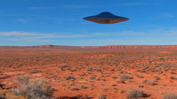 НЛО в пустыне