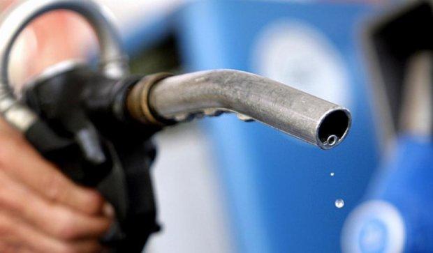 Казахстан запретил вывоз нефтепродуктов из страны