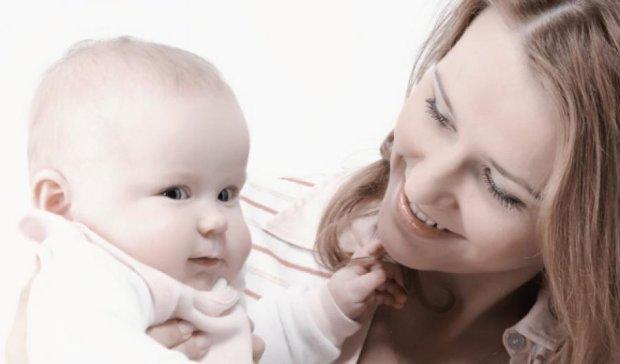 Україна на 69-му місці сприятливості для материнства
