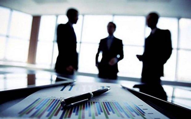 """В.Медведчук рассказал, почему """"исход"""" инвесторов из Украины будет продолжаться"""