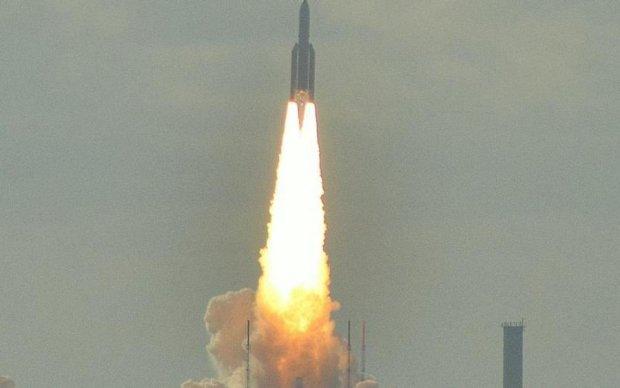 Ракета-носитель Ariane-5 успешно стартовала в Гвиане