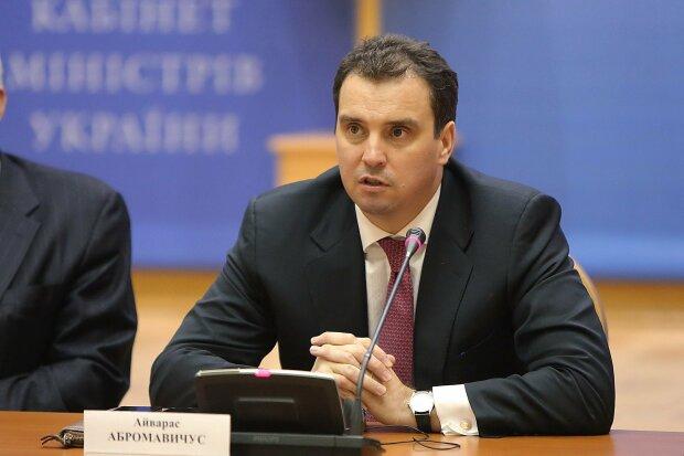 """Екс-міністр економіки Абромавічус очолив Укроборонпром, українці збентежені: """"Переміг організатор"""""""