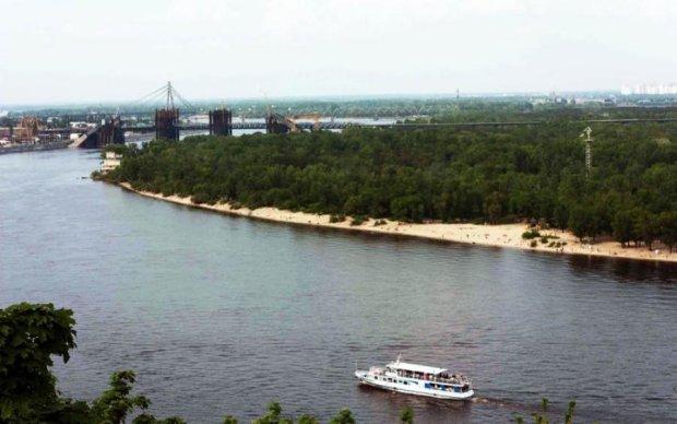 Чарующую красоту Труханова острова показали с высоты: фото