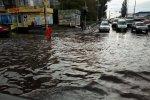 Куча денег – под воду: элитные дома Киева поплыли, как в Венеции
