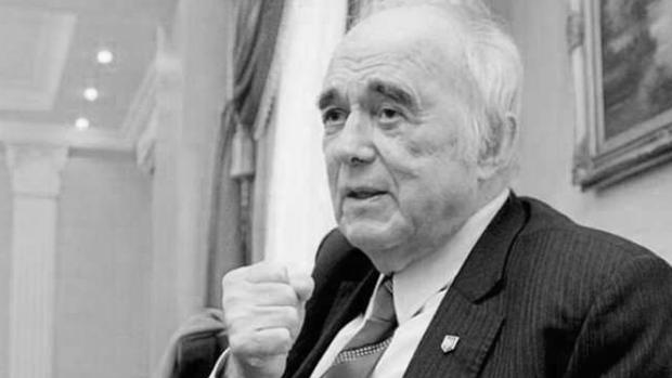 Помер Віталій Масол