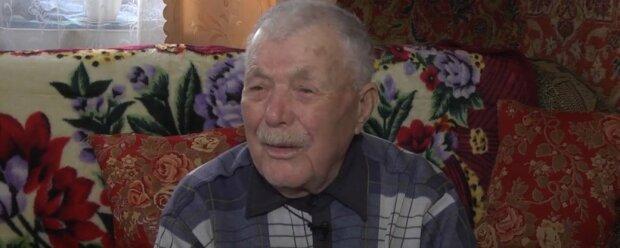 Пережив два голодомори та Другу світову: столітній українець похвалився негативним тестом