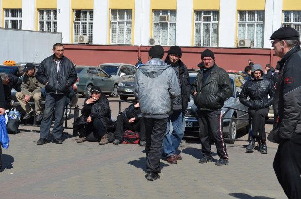 """""""Швидше, стіна падає!"""": з'явилися деталі трагедії українського заробітчанина в Польщі"""