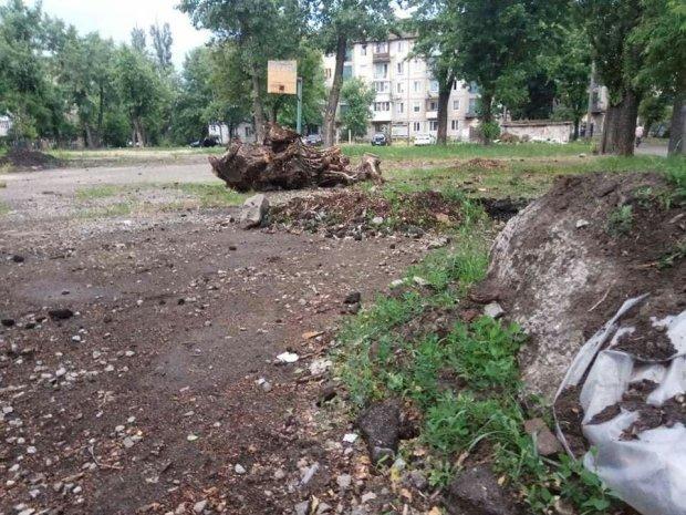 Страшный случай на детской площадке Киева: команда Кличко решила проигнорировать травмы малышей