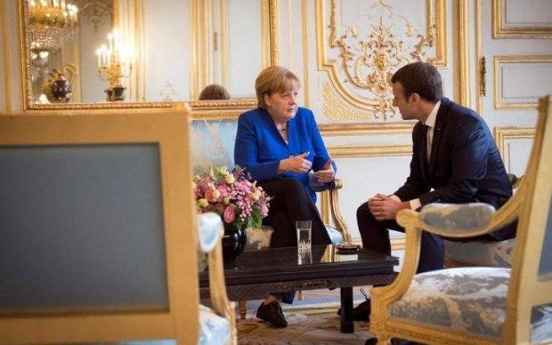 Нормандський формат: у Макрона і Меркель урвався терпець