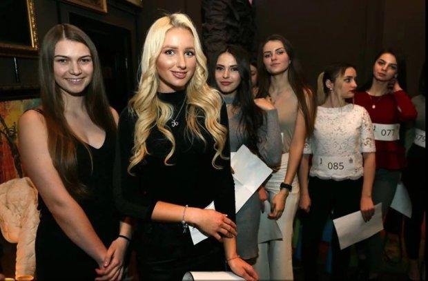 """Кастинг на """"Мисс Львов 2019"""" показал, кто есть кто: пикантные снимки и душевные разговоры"""