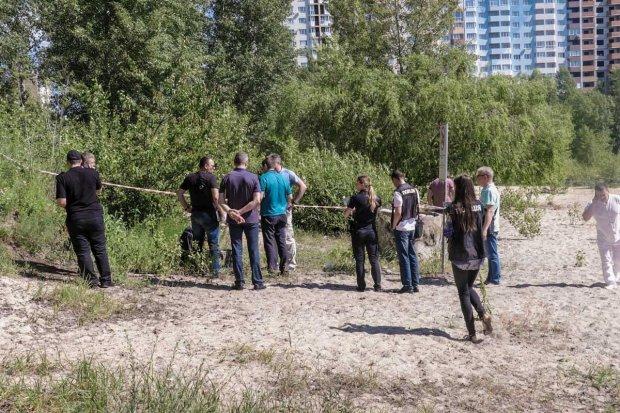 Кривава знахідка викликала жах весь Київ: знаряддя смерті знайшли між ніг, фото
