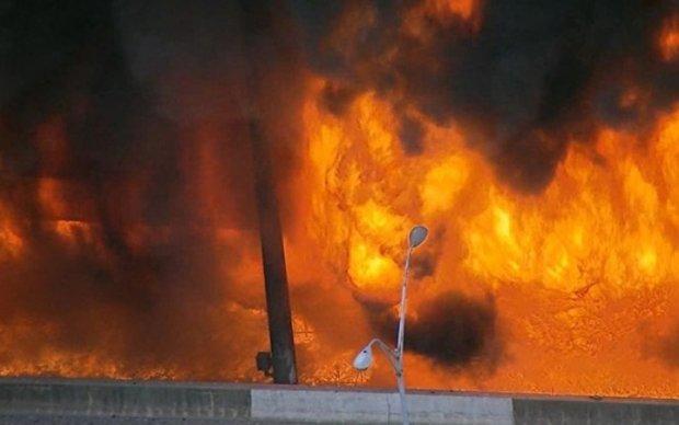 Мощный пожар на эстакаде в Атланте: власти раскрыли подробности